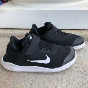 Nike Free RN Black Running Shoes